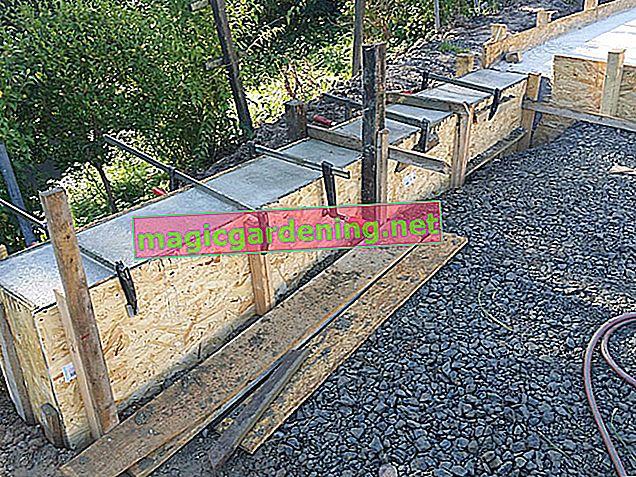 Stavba zahradní stěny: Základ řádně vybetonujte