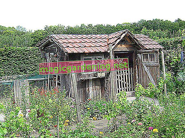 Build a stone garden house yourself